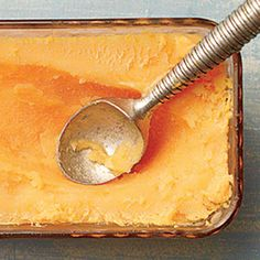 Our creamy Cantaloupe Sherbet delivers a refreshing summertime dessert and captures the absolute essence of melon. Cold Desserts, No Cook Desserts, Frozen Desserts, Summer Desserts, Frozen Treats, Just Desserts, Delicious Desserts, Dessert Recipes, Yummy Food
