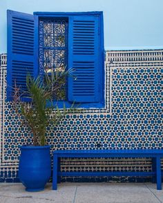 Moroccan interior design is defined by its detail's beauty. The gardens, the colours, the riads, everything together make Morocco a stunning place to visit.