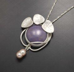 Silver pendant of Art Nouveau style with a lavender by KAZism,(C)Kazuhiko Ichikawa