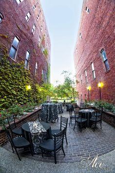 Courtyard at Cellar One : Nashville Wedding Venue