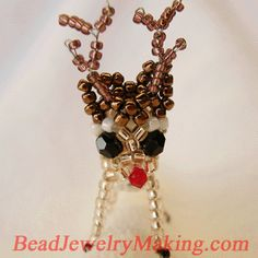 Beaded 3D reindeer pattern.