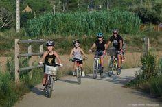 Het prachtige natuurgebied CastelldeCap Roig strekt zich uit over de gemeentes Palamós, Mont-ras en Palafrugell vanaf het strand van Castell tot aan het centrum van Calella, via Cala Estreta en andere adembenemendebaaitjes.