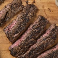 How to make Broiled Skirt Steak with Salsa Verde. Steak Recipes Pan, Skirt Steak Recipes, Beef Recipes, Mexican Food Recipes, Cooking Recipes, Yummy Recipes, Salsa Verde, Brisket, Crock Pot Tacos