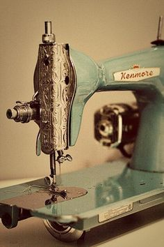 Vintage sewing machine. I'd love to have this framed and hung in my sewing room