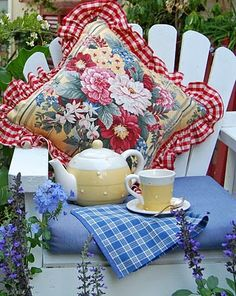 A tablescape for tea -- for one!  Just needs a good book or beautiful view for pondering.