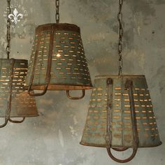 48 Amazing Rustic Chandelier Decor Ideas For Your Living Room - Trendehouse Farmhouse Lighting, Rustic Lighting, Shop Lighting, Vintage Lighting, Lighting Ideas, Kitchen Lighting, Rustic Chandelier, Chandelier Lighting, Chandeliers