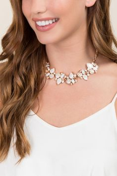 Ellie Statement Necklace- Crisp Champagne model