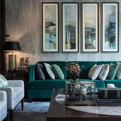 Stream lined art and a beuatiful green velvet sofa in the living room #livingroom #livingroomideas #livingroominspo #interiordesign #homedecor #greenvelvetsofa #green