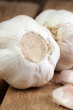 Home Remedies For Toothache - Garlic Clove