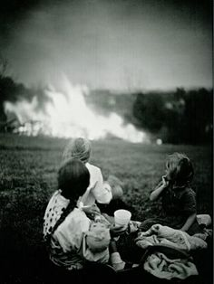 :: Sally Mann :: Fire takes everything, anywhere