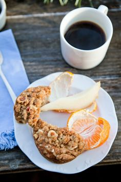 Apple muffins with brown sugar and hazelnut crumb topping