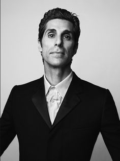 Perry Farrell by Mark Abrahams Stephen Perkins, Perry Farrell, Dave Navarro, Jane's Addiction, Famous Portraits, Lust For Life, Pub Crawl, Famous Photographers, Artists