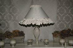 lampe  shabby chic par Dombreetdelumiere sur Etsy, €100.00