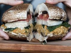 raw vegan burger | (one comment said the whole website is really good...)
