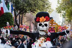 ¡Ciudad de México celebra el Día de Muertos con su gran desfile y así se vivió!