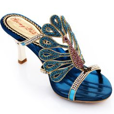 Peacock Shoes, Peacock Decor, Peacock Colors, Peacock Theme, Wedge Shoes, Shoes Heels, Fashion Shoes, Fashion Accessories, Jeweled Shoes