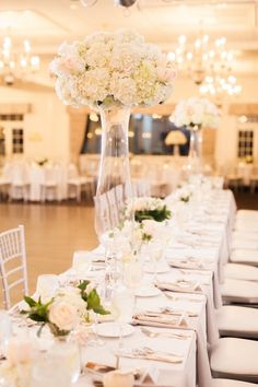Elegant Country Club Wedding in New England | Image by Sarah Jayne Photography #wedding #reception #weddingdecor