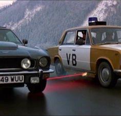 Les 10 gadgets les plus improbables des voitures de James Bond