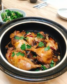 Braised Chicken in Soy Black Vinegar Sauce – TOIRO