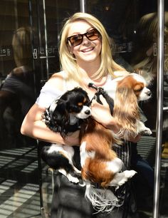 Celebrity Dog Lovers -Julianne Hough and Cavalier King Charles Spaniels