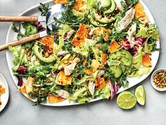 Peppery Greens Salad with Avocado, Chicken, and Tortilla Croutons - Green Salads Meat Salad, Lentil Salad, Soup And Salad, Cobb Salad, Salad Dressing Recipes, Salad Recipes, Healthy Recipes, Cooking Chicken To Shred, How To Cook Chicken