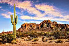 Superstition Mountains, Arizona Photo by RedRockArthttps://www.youtube.com/channel/UCL_BC_CdxsiQ3XJyDDPF6NA/feed