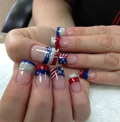 15-4th-of-July-Acrylic-Nail-Art-Designs-2016-Fourth-of-July-Nails-5