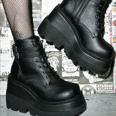 Demonia Technopagan Platform Boots in black Platform Boots Outfit, Black Platform Boots, Black Shoes, Shoe Boots, Platform Shoes, Cute Shoes, Me Too Shoes, Grunge Shoes, Black Outfit Grunge