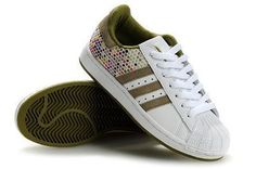 differently e82a7 73ac8 Adidas Shoes. Rose Gold Adidas Shoes, Pink Adidas, Adidas Sport, Adidas Nmd