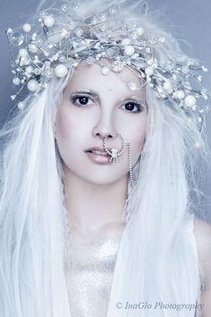 images of snow queen ice queen Maquillage Halloween, Halloween Makeup, White Witch Costume, Ice Queen Costume, Fantasy Makeup, Fantasy Hair, Fire And Ice, Makeup Art, Fairy Makeup