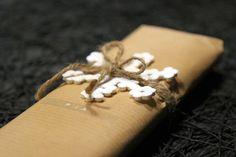 Lumihiutaleita hama-helmistä / hama snowflakes