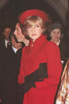 outfits, december, charl, red, princesses, british royal, christmas carol, princess diana, decemb 1981