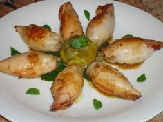 Calamari ripieni di carciofi al profumo di menta. | Cucina Sarda