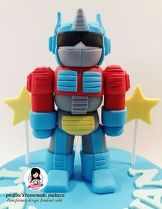 ☆ Optimus Prime ☆ 3D Transformer Fondant Figure  #paulineshomemademalacca