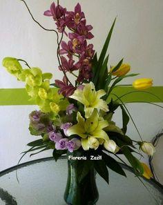 Florería Zazil en Cancún. | Envío de arreglos florales y regalos a domicilio. Modelos: www.floreriazazil.com Pedidos: ventas@floreriazazil.com Tel. 01 998 2061951 #floreriaencancun #floreriazazil
