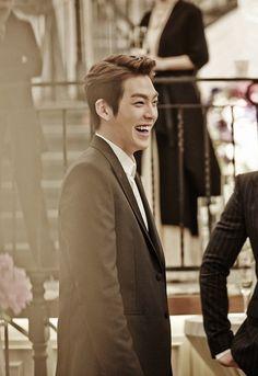 The Heirs set still Episode 20. Set 2. - Kim Woo Bin #heirs #korean #drama #KimWooBin