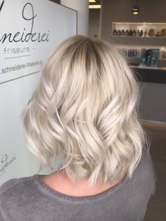 Blond Silver haircolor Haircolor, Blonde Hair, Silver, Shaving Machine, Barber Shop Names, Hairdressers, Dressmaking, Colourful Hair, Blondes