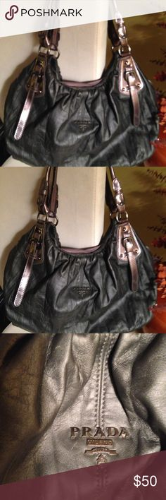"""Gray metallic oversized hobo (NOT authentic) Oversize cute not authentic hobo gray and metallic color purse. Straps are metallic w/ snaps on each end of purse to extend the width.  Purse very clean inside..  L 24"""" H 13"""" Strap to purse 12"""". Hobo hand bag very versatile. Price reflects the purse not being authentic👛👛 Hobo bag Bags Shoulder Bags"""