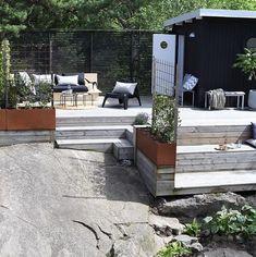 Bergstomten i Nacka - Chrisp Design - Hello Outdoor Balcony, Pergola Patio, Outdoor Gardens, Backyard, Outdoor Decor, Patio Design, Exterior Design, Garden Design, Large Summer House