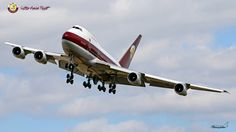 Qatar Amin Flight B747SP https://www.flickr.com/photos/phinalanji/17136478835/