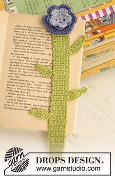 Marcador de páginas DROPS en ganchillo / crochet con flor en Safran. Diseño DROPS: Patrón No. E-164  Patrón gratuito de DROPS Design.