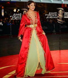 leila hadioui en caftan marocain de luxe lors du festival international du film marrakech 2014 - Location De Chameau Pour Mariage