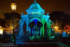 HKDL Oct 2012 - Halloween in Central Plaza | by PeterPanFan