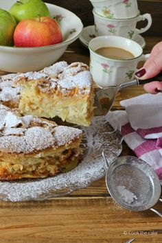Cook the cake: Lithuanian apple pie or apple sharlotka- Cook the cake: Tarta de manzana lituana o apple sharlotka Lithuanian apple pie or apple sharlotka - Sweet Recipes, Cake Recipes, Dessert Recipes, Irish Apple Cake, Apple Pie, Cooking Time, Cooking Recipes, My Favorite Food, Favorite Recipes