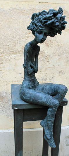 Valérie HADIDA - Sylvie Platini Gallery - sculptor women - bronze, emotions, sensitivity, technical mastery