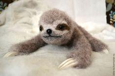 """Needle felted Sloth """"Hi, sloth!"""""""