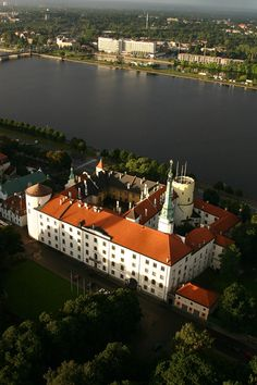 Riga Castle: Livonia Order. It contains the hall used by Latvias Representatives. The President's apartments are also here.