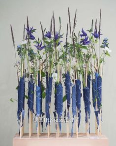 Art Floral, Deco Floral, Floral Foam, Floral Design, Contemporary Flower Arrangements, Contemporary Garden Design, Floral Arrangements, Unusual Flowers, Amazing Flowers