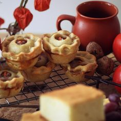 Food from Middle Earth, Recipes from Hobbiton - Mini Pork Pies