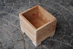 Caja, mesa, taburete, silla pequeña... o maceta ¡lo que quieras! #artesanal #diseño #interior #exterior #decoracion #wood